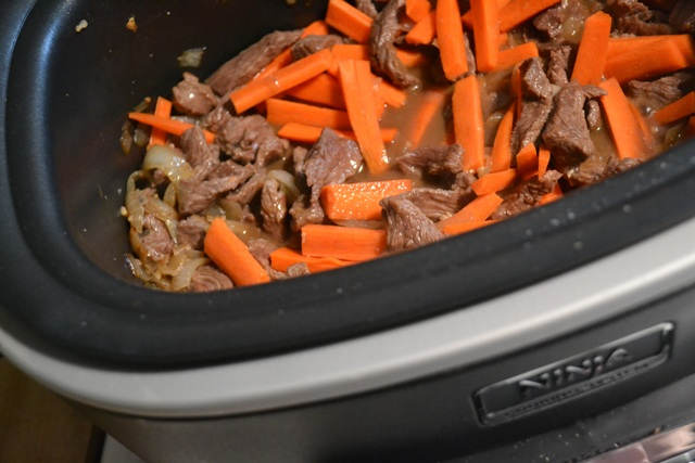 beef cooking with carrots